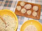 Zelleres zabpehelygolyó - 7 zabpehelygolyó sütésre kész!