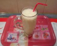 Banán-shake - Kész, pohárban - kicsi