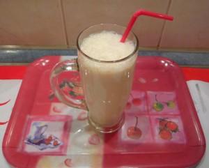 Banán-shake - Kész, pohárban