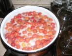 Cseresznyebefőtt - Várd meg, míg felforr a víz a cseresznyével!