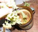 Hársfatea - Tömd meg hársfavirággal a bögre szűrőjét!