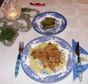 Fokhagymás hús - Kész, ünnepi tányérban.