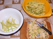 Párolt zöldbab - Alakítsd ki a zöldbab-pucolási munkahelyet!