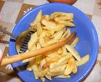Sült krumpli - Forgasd meg a sült krumplit, hogy eloszoljon a só!