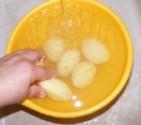 Savanyú krumplileves - Mosd meg a pucolt krumplit!