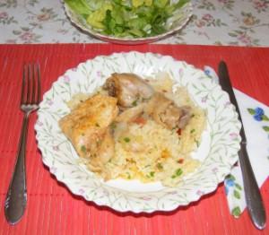 Csirkepörkölt - Kész, tányérban.