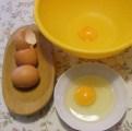 Csirkemelles töltelék - Egy köztes tálkát igénybe véve üsd fel a tojásokat!