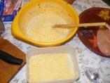 Csirkemelles töltelék - A reszelt sajt felét szórd a töltelékbe!