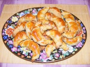 Pozsonyi patkó - Kész, süteményes tálon