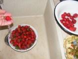 Epres krémtúró muffinformában - Mosd meg az epret!