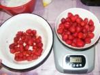 Epres krémtúró muffinformában - Mérj le 40 dkg epret!