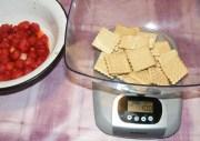 Epres krémtúró muffinformában - Mérj ki 10 dkg kekszet!