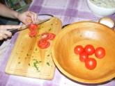 Quiche - francia pizza - Szeleteld fel a paradicsomokat!