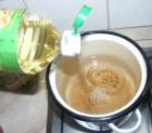 Levesbetét főzése - Csorgass a vízbe pár csepp olajat!