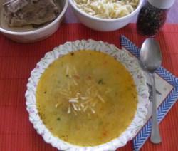 Karalábéleves - Kész, tányérban.