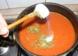 Paradicsomszósz - Sózd tovább 1 fakanál sóval!