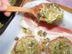 Töltött hagyma - A kimaradt tölteléket kanalazd a hagymák mellé fektetett baconre!