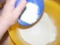 Rácsoa almatorta - Borítsd a porcukrot a liszthez!