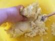 Rácsos almatorta - A végén kézzel gyúrd meg a tésztát!