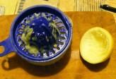 Bodzabogyószörp és bodzalekvár - Csavard ki egy fél citrom levét!