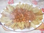 Cukkinis aprópecsenye - Pecsenye tálon; már csak majoranna kell rá.