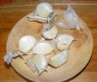 Kínai kaja - Válassz le a fokhagymafejről hat gerezdet!