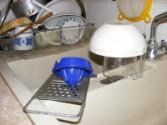 Fondüzés - Mosogasd el a citromfacsarót és az olajos mérőedényt!