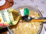 Krumplisaláta - Önts 3 evőkanál olajat a krumplisalátára!