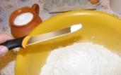 Beigli - Szórj a lisztre 2 késhegynyi sót!