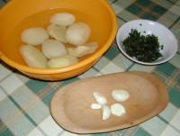 Lepcsánka - Pucold meg a krumplit és a fokhagymát!