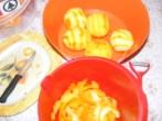 Narancslekvár - A narancshámozás kellékei.