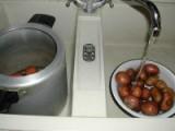 Rakott krumpli - Mosd meg a krumplit, és tedd kuktába!