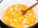 Narancslekvár - Jól keverd el a narancsot a vízzel!