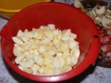 Almaszósz - A főzésre kész almaszeletek.