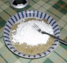 Diós tészta - Mérd ki a cukrot, és öntsd a dióra!