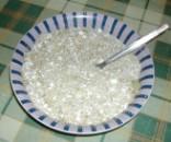 Diós tészta - Keverd össze a diót a cukorral!