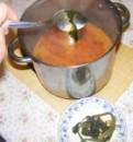 Kukoricaleves - A kész levesből halászd ki a zellerleveleket!