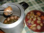 Dinsztelt krumpli - Szedd ki a kuktából a krumplikat egy tálcára!
