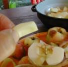 Almás pite - Egy pici ép rész mindegyik almából marad!