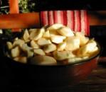 Almás pite - Az összes alma meg van pucolva!
