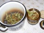 Hársfatea - Fazékba is teheted a teafüvet.