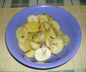 Sütőben sült krumpli - Kész, tálban.