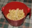 Sztrapacska - A krumplit vágjuk kockákra