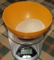 Túrógombóc - Mérj le 13 dkg grízt
