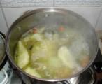 Húsleves - Ha a pótvízzel is felforrt a leves, akkor kész!