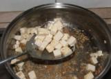Zöldséges tofu - Szedd ki a tofukockákat!
