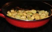 Rozmaringos újkrumpli - Tedd vissza az edényt a sütőbe!