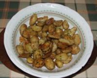 Rozmaringos újkrumpli - A kész krumplit szedd ki egy tálba!