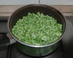 Borsófőzelék - (Kevés olajon) tedd oda melegedni a borsót!