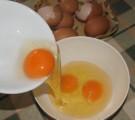 Tojásos nokedli - Üsd fel a 6 tojást!